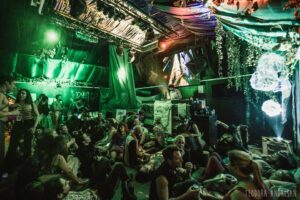 London Decompression theme camps
